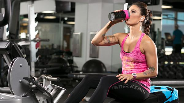 Что лучше пить BCAA или протеин