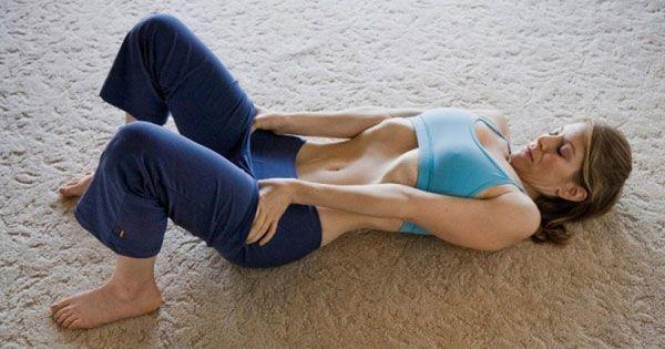Техника упражнения вакуум лежа