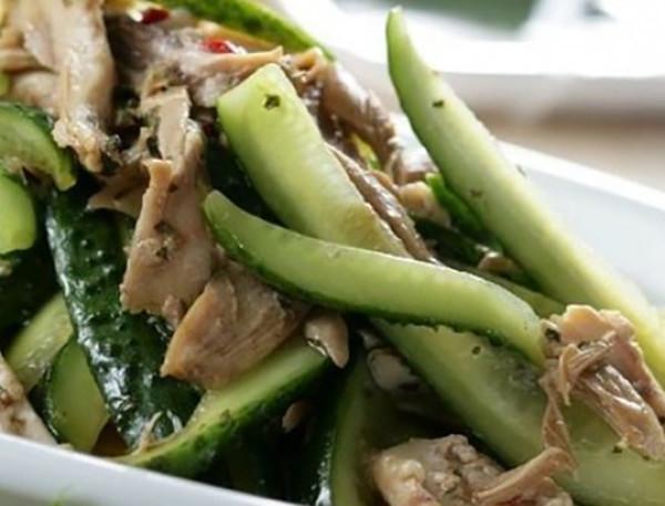 Салат для сушки с кальмаром и овощами