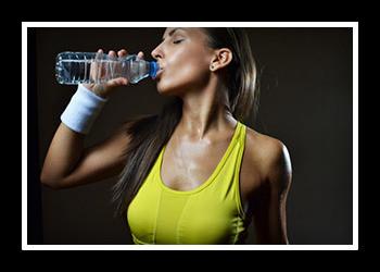Как пить воду на тренировки фото