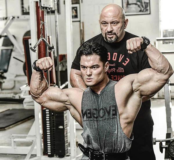 Jeremy Buendia и тренер