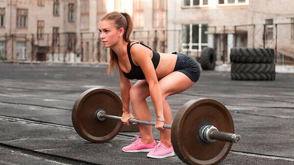 Становая тяга для девушек фото