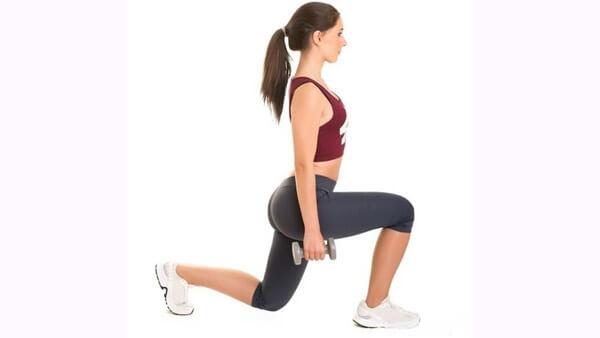 Боковые выпады с гантелями техника выполнения какие мышцы работают