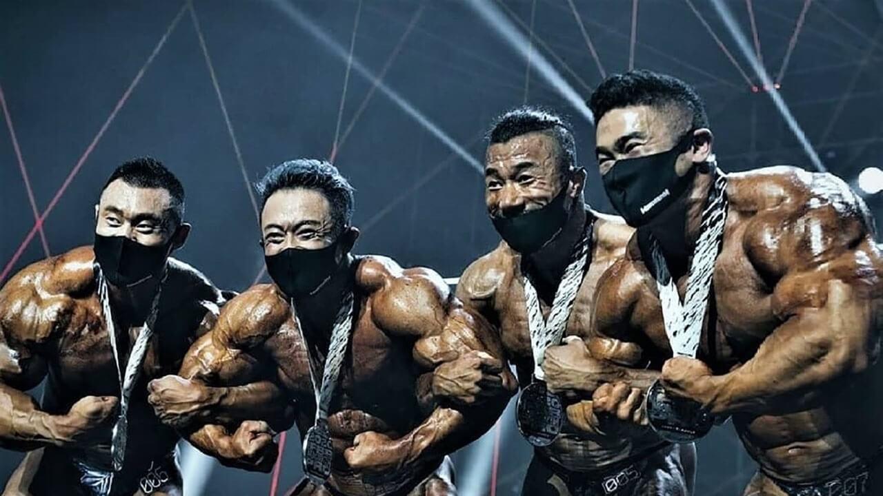 Бодибилдеры в масках: фото.