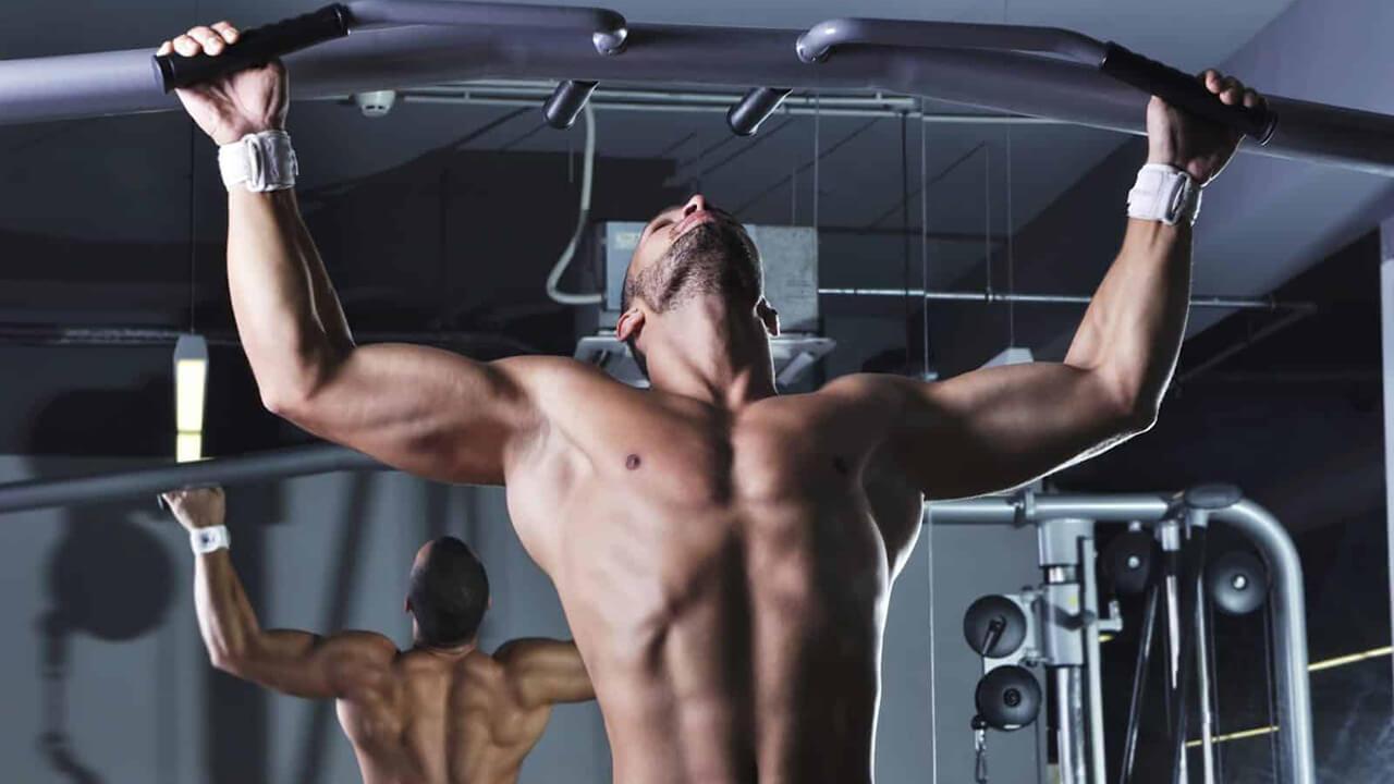 Сколько подтягиваются мужчины в 40: фото.