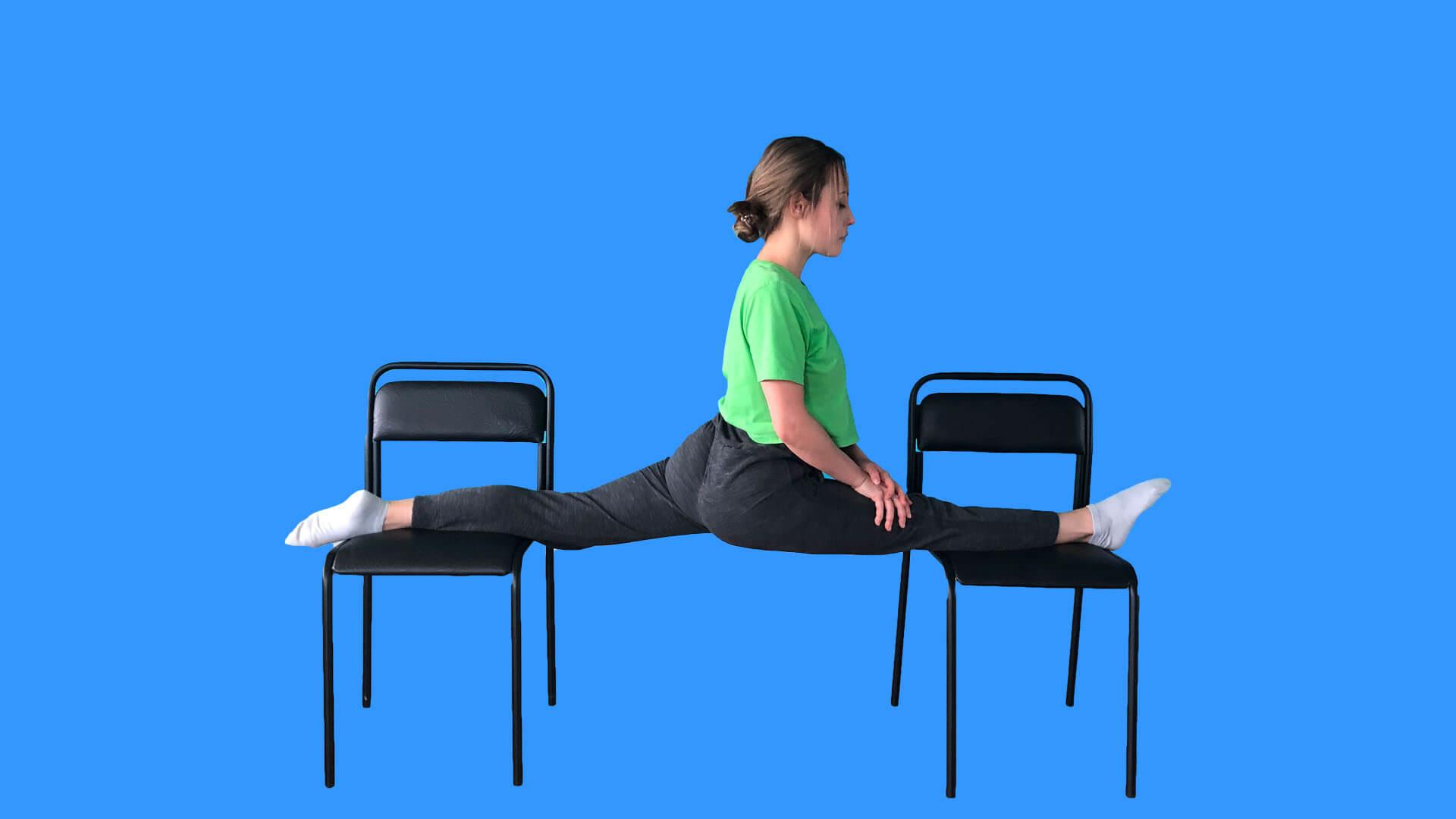Шпагат на стульях: фото.
