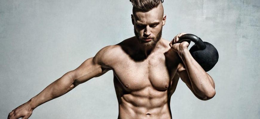 Упражнения с гирей на трицепс: главное фото.