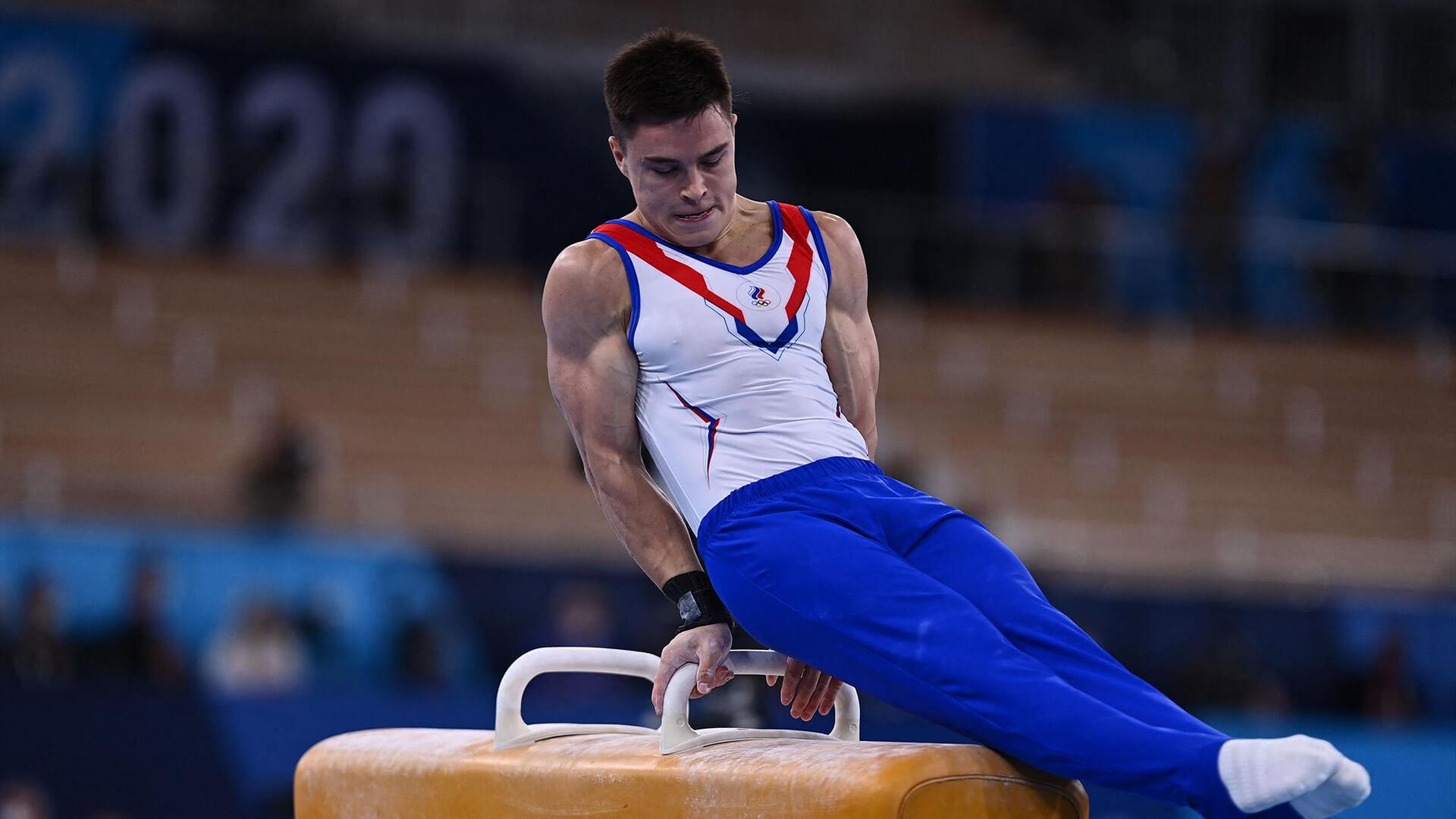 Накаченные и сухие гимнасты.